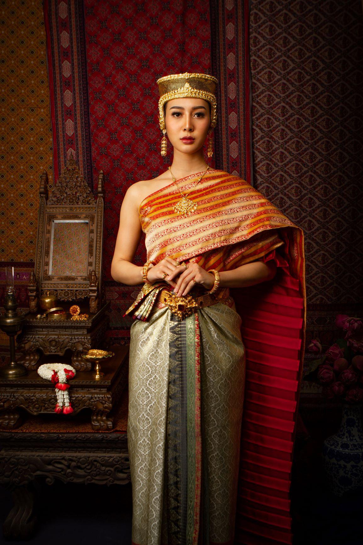 Thai Style Studio 1984 Who came to join Thai Style Studio 1984 ? 21
