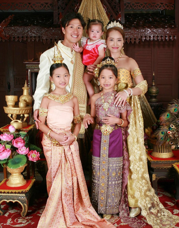 Thai Style Studio 1984 Who came to join Thai Style Studio 1984 ? 7