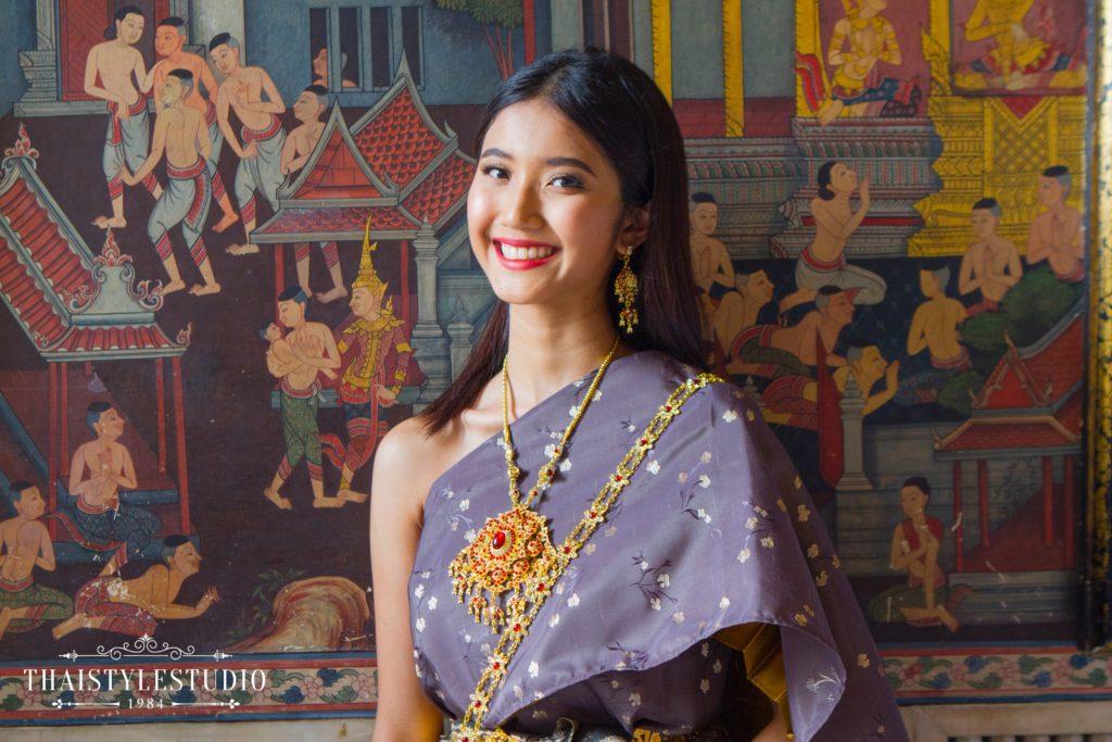 Thai Style Studio 1984 Visit Bangkok's New 4 train stations - enjoy Bangkok 'DO NOT MISS' list! 11