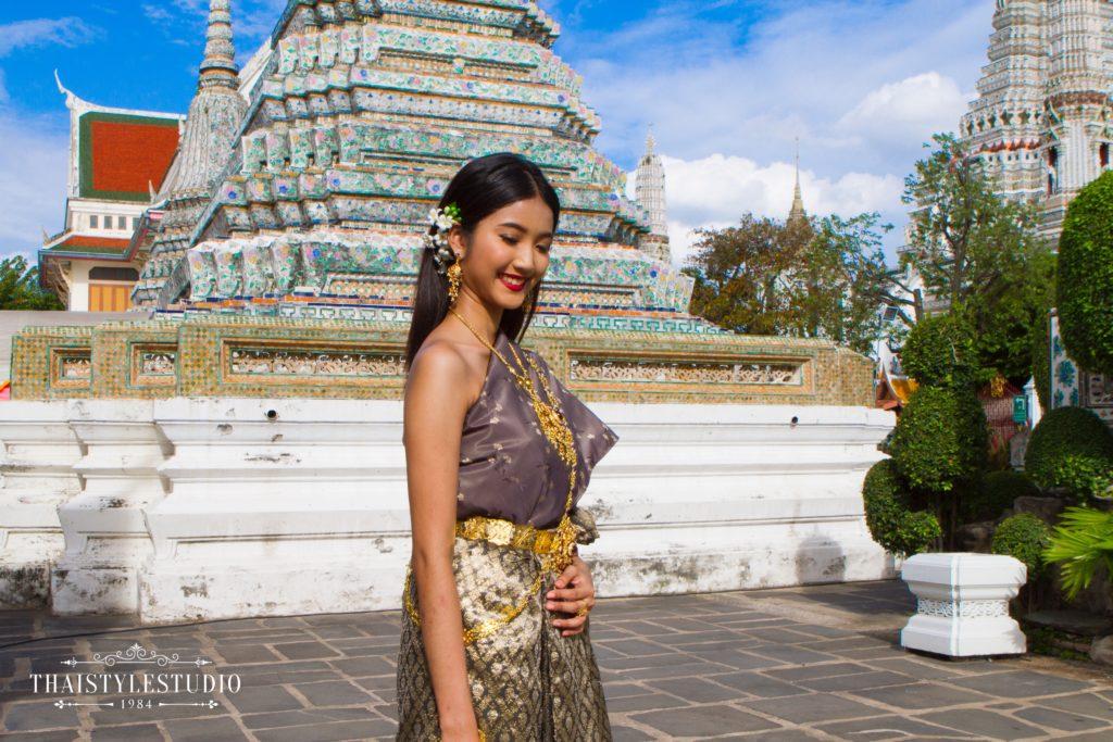 Thai Style Studio 1984 Visit Bangkok's New 4 train stations - enjoy Bangkok 'DO NOT MISS' list! 33