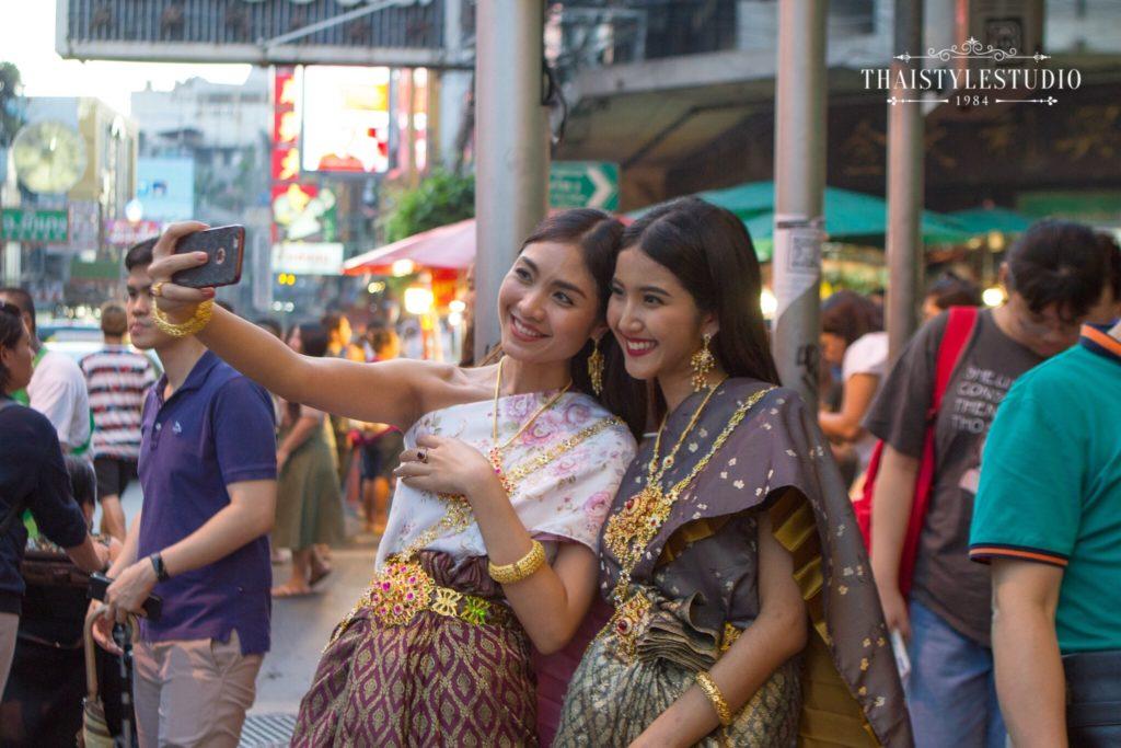 Thai Style Studio 1984 Visit Bangkok's New 4 train stations - enjoy Bangkok 'DO NOT MISS' list! 45