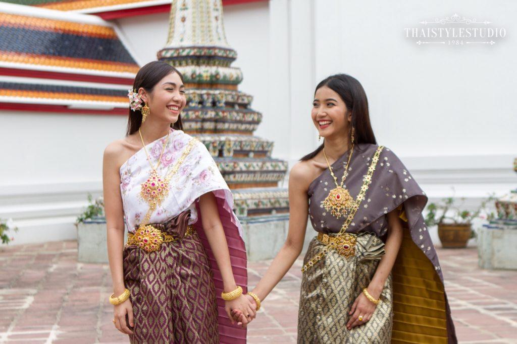 Thai Style Studio 1984 Visit Bangkok's New 4 train stations - enjoy Bangkok 'DO NOT MISS' list! 13