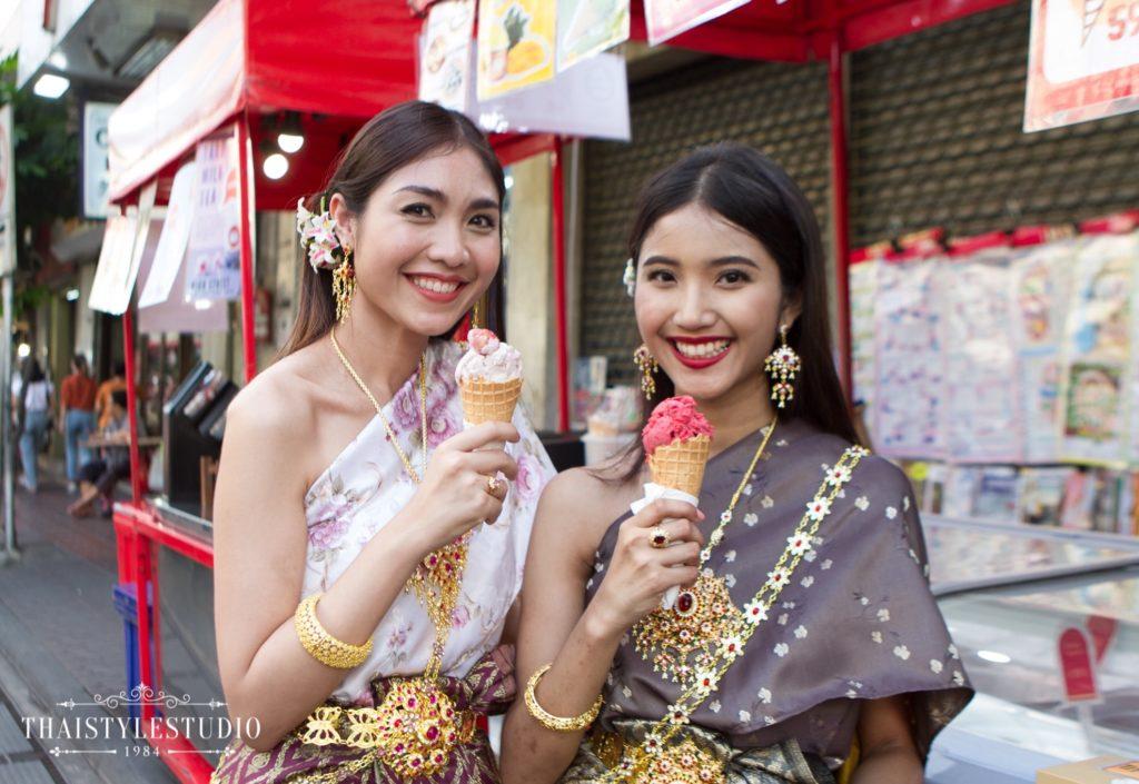 Thai Style Studio 1984 Visit Bangkok's New 4 train stations - enjoy Bangkok 'DO NOT MISS' list! 41