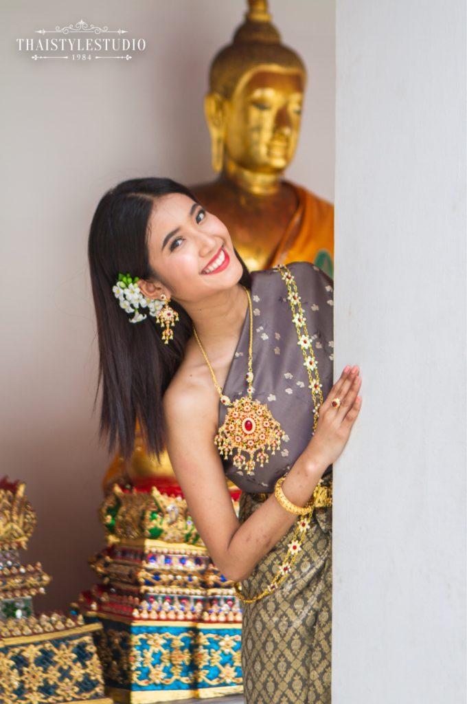Thai Style Studio 1984 Visit Bangkok's New 4 train stations - enjoy Bangkok 'DO NOT MISS' list! 19