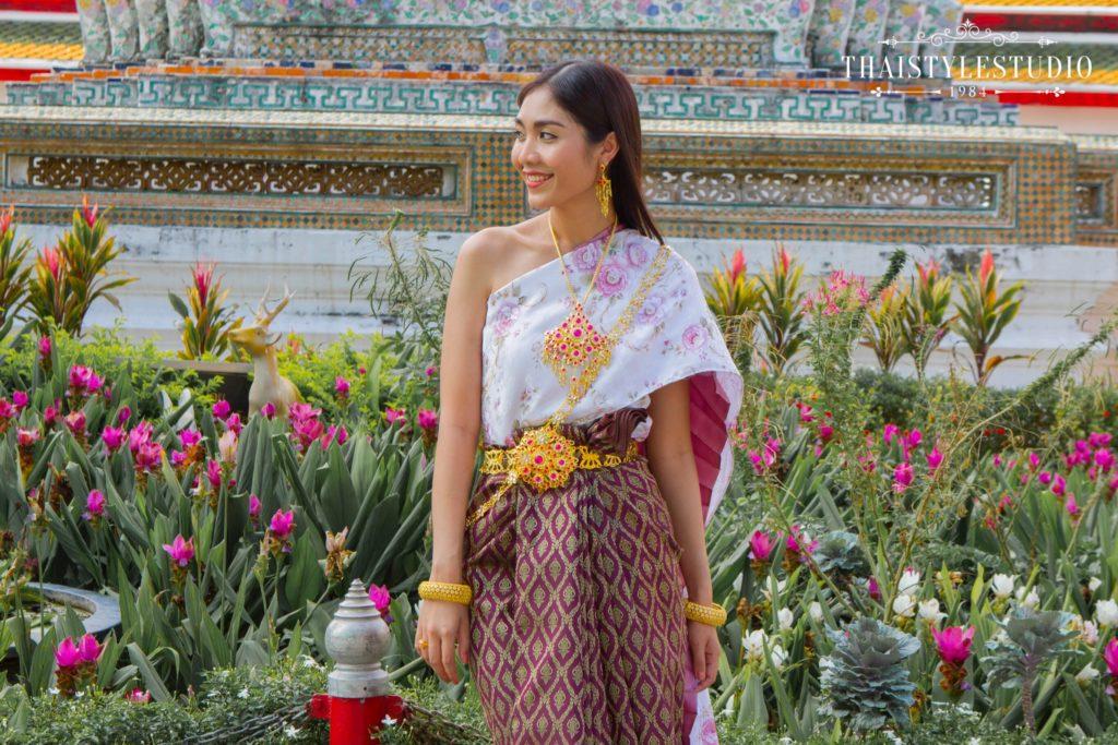 Thai Style Studio 1984 Visit Bangkok's New 4 train stations - enjoy Bangkok 'DO NOT MISS' list! 35
