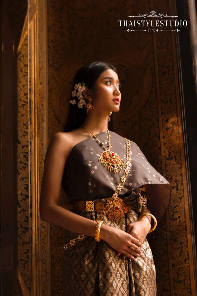 Thai Style Studio 1984 Visit Bangkok's New 4 train stations - enjoy Bangkok 'DO NOT MISS' list! 5