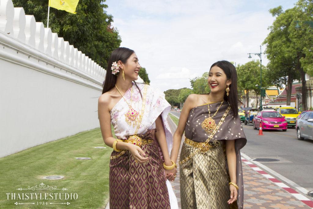 Thai Style Studio 1984 Visit Bangkok's New 4 train stations - enjoy Bangkok 'DO NOT MISS' list! 25