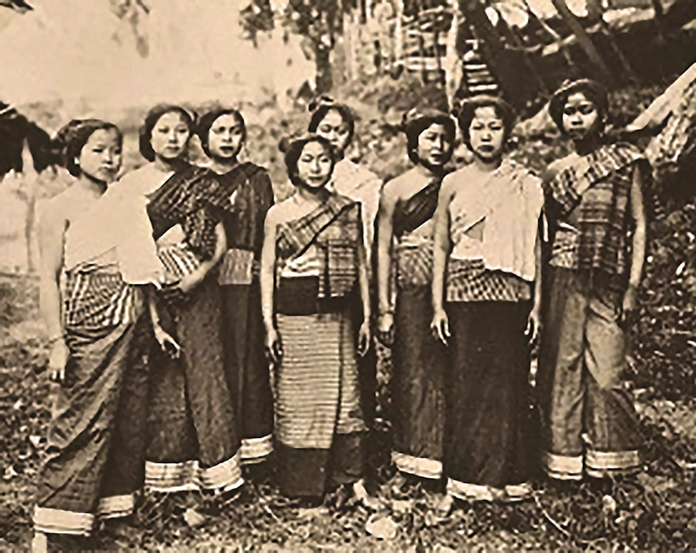 Thai Style Studio 1984 ซิ่น / ล้านนากับผ้าซิ่น / ภูมิปัญญาผ้าพื้นเมืองล้านนา 37